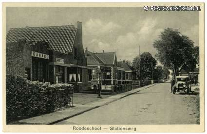Roodeschool, Stationsweg